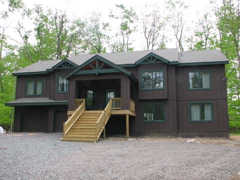 Lake Naomi vacation rentals
