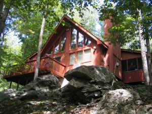 Bushkill Beautiful Home in the Poconos with Hot Tub