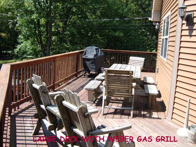 Power Boat Lake Access in Lake Harmony, Sleep 17, Lake Beach, AC, Wifi, Hot Tub